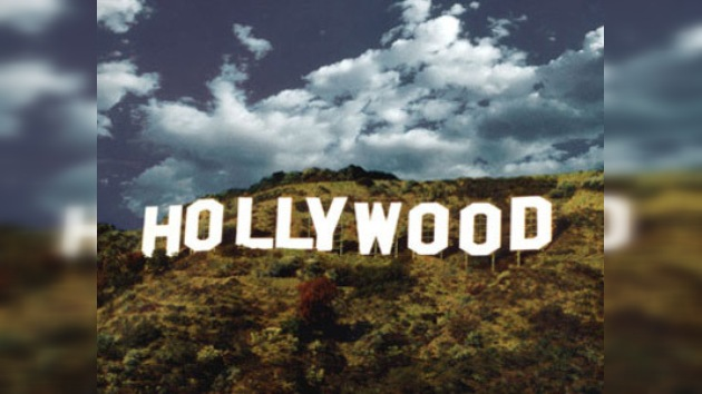 El 'padre de Playboy' salva el famoso letrero de Hollywood