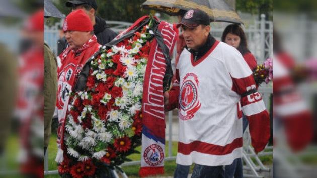 Averiguan por qué se estrelló el avión ruso con el equipo de hockey a bordo
