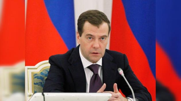 Medvédev: Rusia tomará todas las medidas para oponerse al sistema antimisiles de EE. UU.