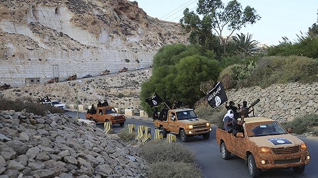 Estado Islámico asegura controlar un campo de entrenamiento militar clave en Irak