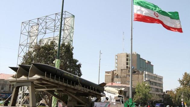 Irán presenta un nuevo misil equipado con ojivas múltiples