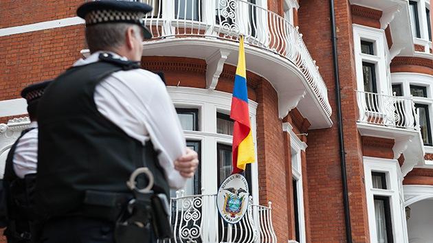 La vigilancia de Assange tenía un precio: Reino Unido se gasta 4,5 millones de dólares