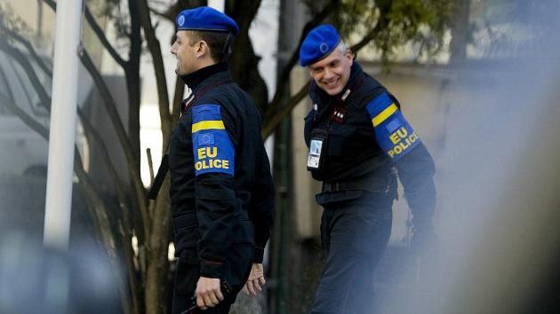 La UE aprueba enviar una misión policial a Ucrania