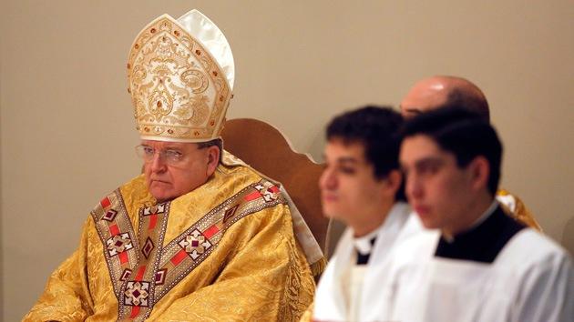 Un arzobispo católico de EE.UU. no sabía que el acoso sexual a niños era un delito