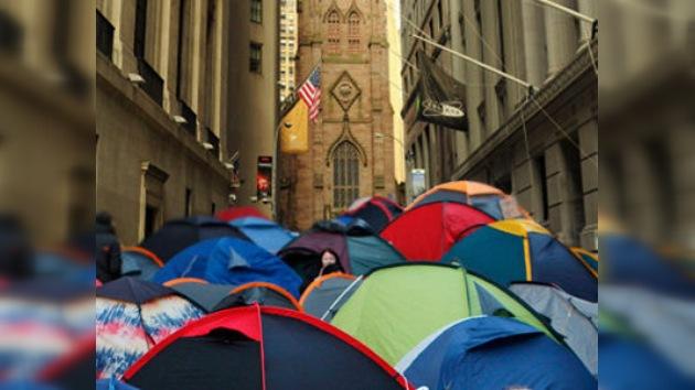 Ocupa Wall Street quiere quedarse a invernar al lado de una iglesia