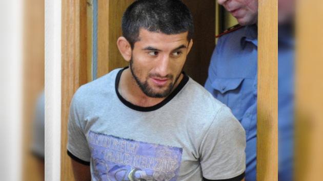 Descalifican a campeón de artes marciales implicado en la muerte de un joven