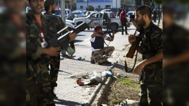 Los gaddafistas enseñan los dientes en Trípoli
