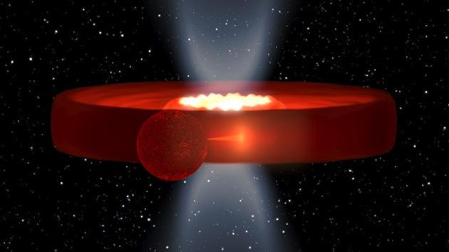 Peculiar estructura de un agujero negro situado de canto al descubierto