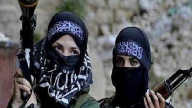 Estado Islámico crea una brigada femenina que aterroriza a las mujeres en Siria