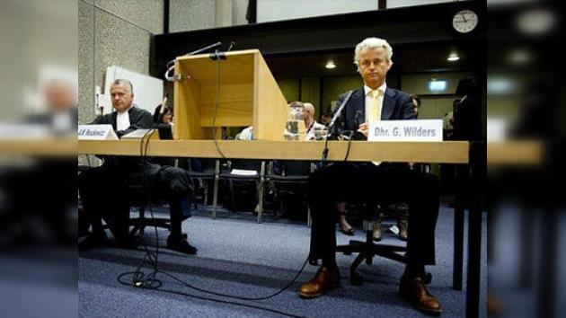 Absuelven al holandés Geert Wilders de incitar al odio y discriminar a los musulmanes