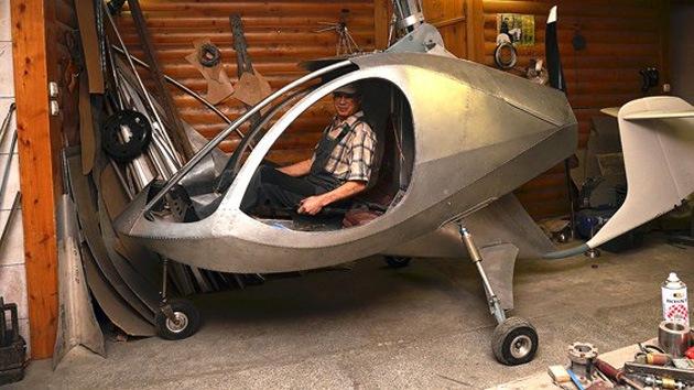 """Un ruso diseña """"el helicóptero más seguro del mundo"""" en el sótano de su casa"""