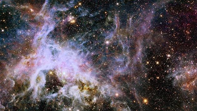 """""""Algo anda mal"""": el universo nos oculta de dónde procede el 80% de su luz"""