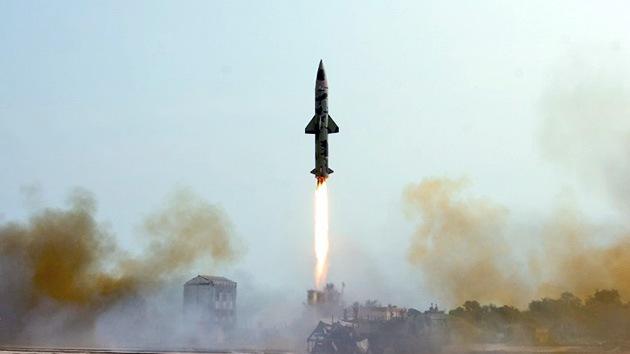 La India prueba un misil balístico con capacidad para portar una ojiva nuclear