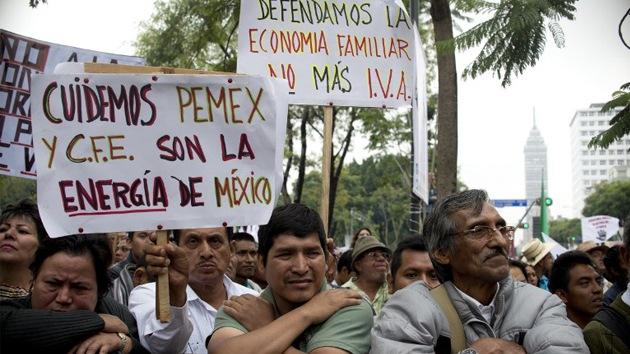 Fotos: Miles de mexicanos protestan contra la reforma energética