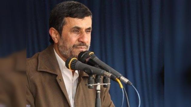 Ahmadineyad: El enemigo lamentará cualquier acto de agresión contra Irán (Vídeo)