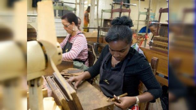 El Gobierno cubano flexibiliza la contratación de trabajadores en el sector privado