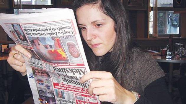 El mundo patas arriba: una mujer serbia lo ve todo al revés