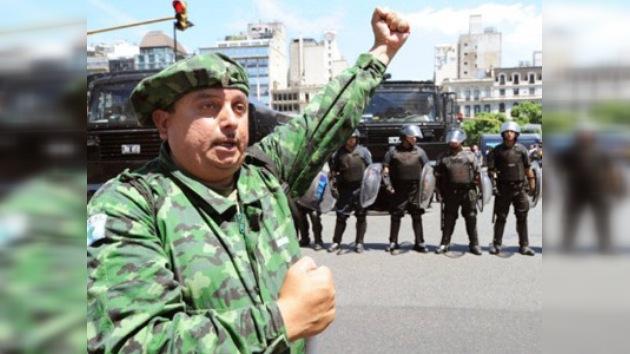 Timerman: Argentina no usará la fuerza militar para resolver el conflicto con Gran Bretaña