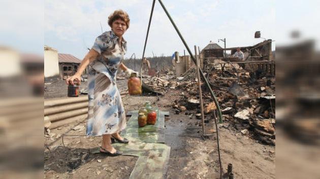 Víctimas de los incendios recibirán nuevas viviendas en 3 meses