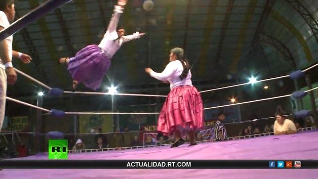 RT reporta (E20). Cholitas de pollera: de Bolivia con amor