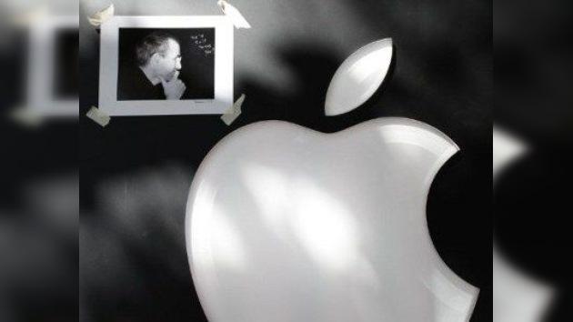 Un perfeccionista brusco e irritable, así aparece retratado Steve Jobs en su biografía