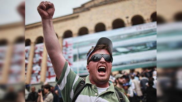 Georgia celebra el día de su independencia entre protestas y violencia