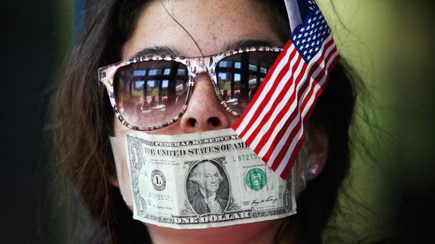 """""""El Gobierno de EE.UU. escucha a los ricos, no a gente común como usted"""""""