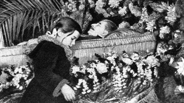 Un diario alemán publica el informe oficial sobre la muerte de Stalin