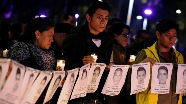 México: Confirman que hay cuerpos en las fosas que no son de los estudiantes