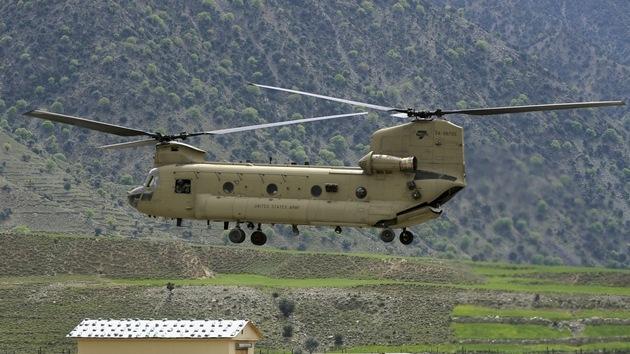 Empresas armamentísticas, agradecidas con EE.UU.: le regalan 30 helicópteros