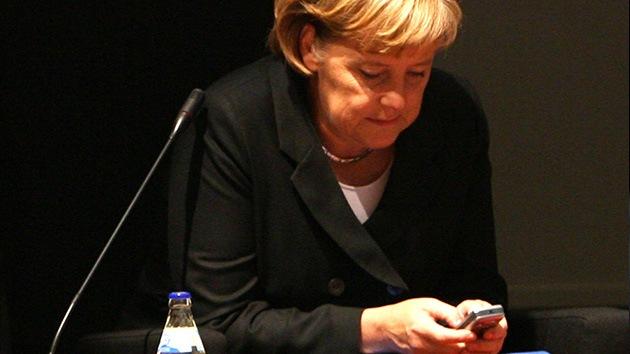 """Merkel, víctima de las escuchas de EE.UU. que ella justificó: """"Ya no está tan relajada"""""""