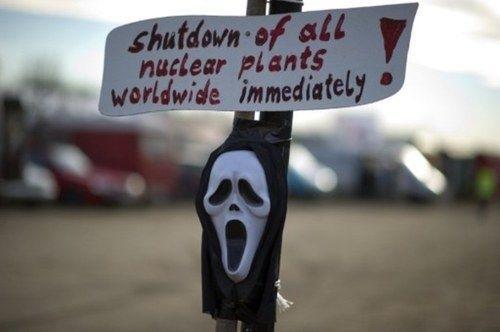 El 'sabotaje' ecologista no impide que el tren con basura nuclear llegue a Alemania
