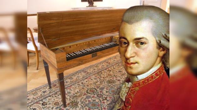 Un piano de Mozart, a la venta en eBay