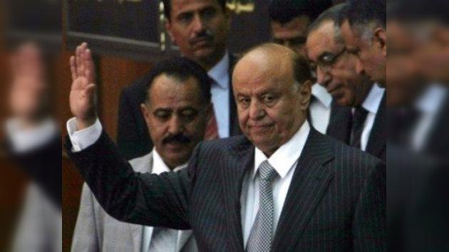 El nuevo presidente de Yemen jura el cargo