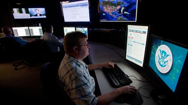 """""""Al Qaeda planea un 11-S cibernético contra EE.UU."""""""