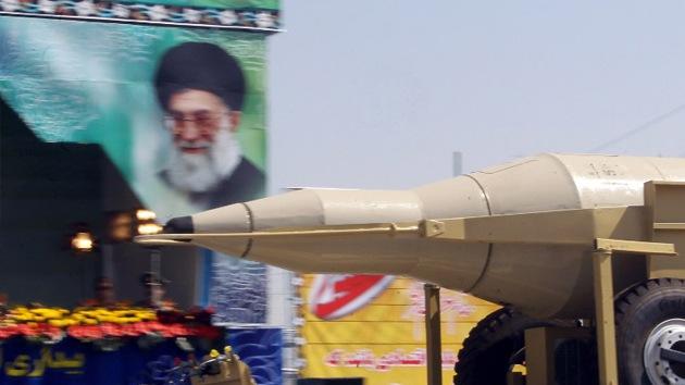 Fotos: Irán exhibe en un desfile militar misiles balísticos capaces de alcanzar Israel