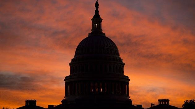 """Max Keiser: """"EE.UU. está intentando cometer un suicidio financiero"""""""
