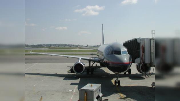 Aterrizaje forzoso de un avión de Delta Airlines por humo en la cabina