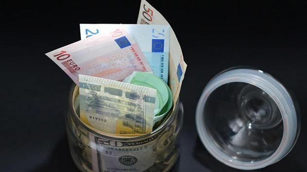 Unión Económica Euroasiática puede abandonar el dólar y el euro en pagos mutuos
