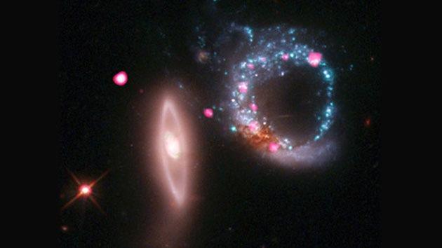 Hallan agujeros negros con un peso 40.000 millones de veces mayor que el del Sol