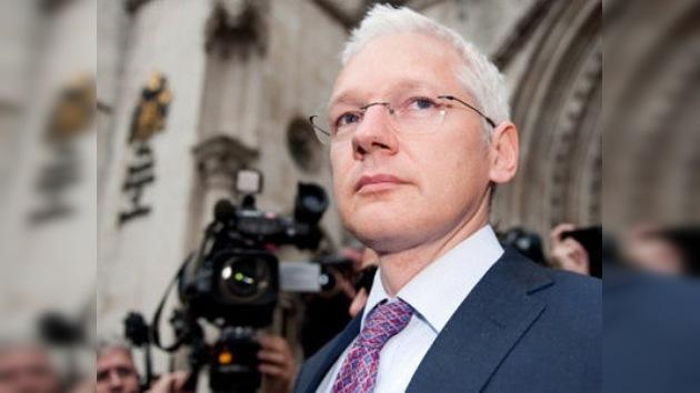 WikiLeaks subasta los objetos personales de Assange