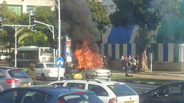Fotos: Un coche explota cerca del Ministerio de Defensa en Tel Aviv