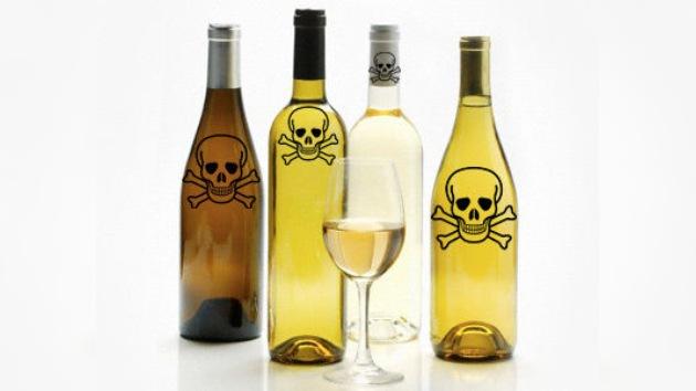 Introducen avisos sobre la salud en las botellas de alcohol en Rusia