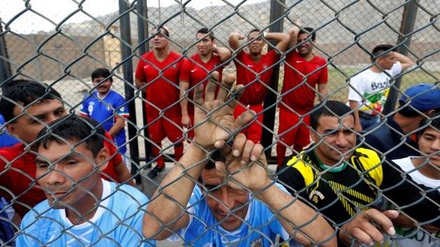 Fútbol detrás de las rejas: presos peruanos inauguran su 'Mundial carcelario'