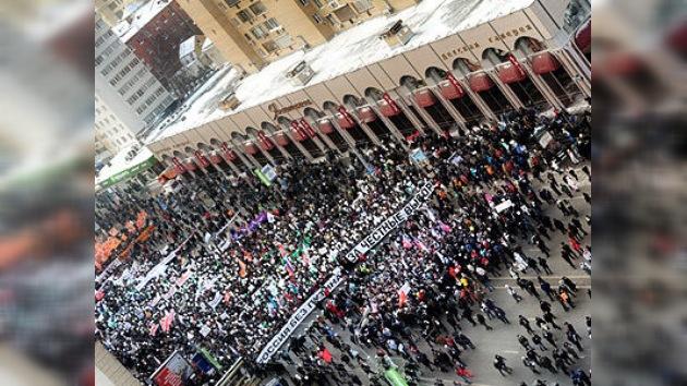 Moscú desafía el frío invernal con nuevas manifestaciones