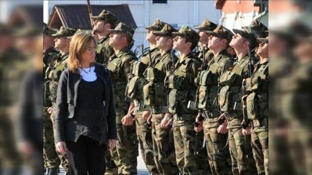 La ministra de Defensa española hace una visita sorpresa a Afganistán