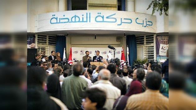 Los islamistas moderados ganan las primeras elecciones libres en Túnez