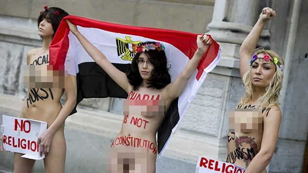 La protesta sin ropa en Egipto podría costarle la ciudadanía a su protagonista