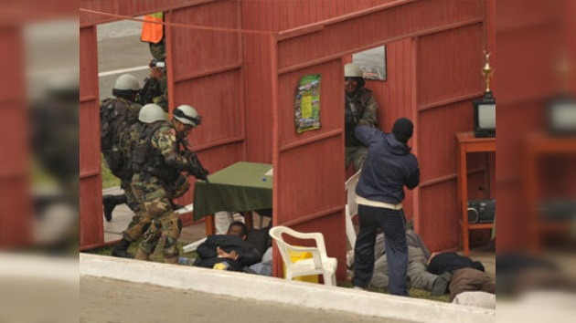 Militares americanos se entrenan para luchar contra crimen organizado