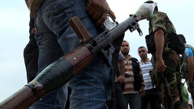 Libia regala los arsenales de Gaddafi a los rebeldes sirios